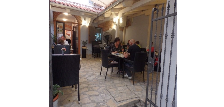 Restoran Gardens